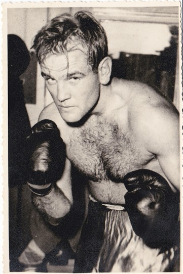 Photo:'Mick' Cowen as a pro fighter.