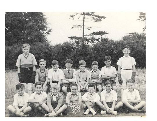 Photo:No3 School Cricket Team