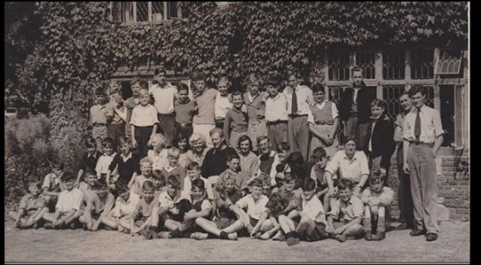 Photo:Cross Keys Boys Club holiday to Seaford 1946. The photo was by Rev. Hayler of St. Peter's Church