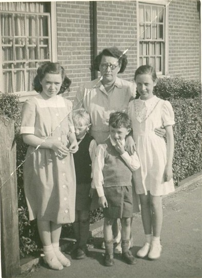 Photo:Outside their house in St. Helier Avenue c.1936
